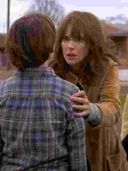 Joyce (Winona Ryder) em Stranger Things - Divulgação