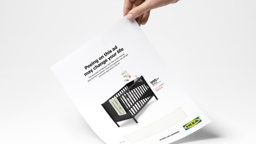 """Anúncio da Ikea promete que xixi na página pode """"mudar a vida""""  - Divulgação"""