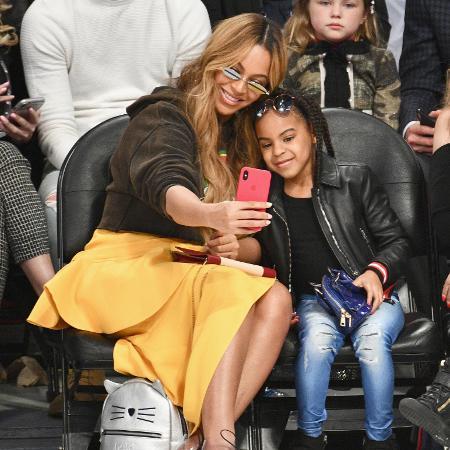 Beyoncé e Blue Ivy no NBA All Star Game 2018 - Getty Images
