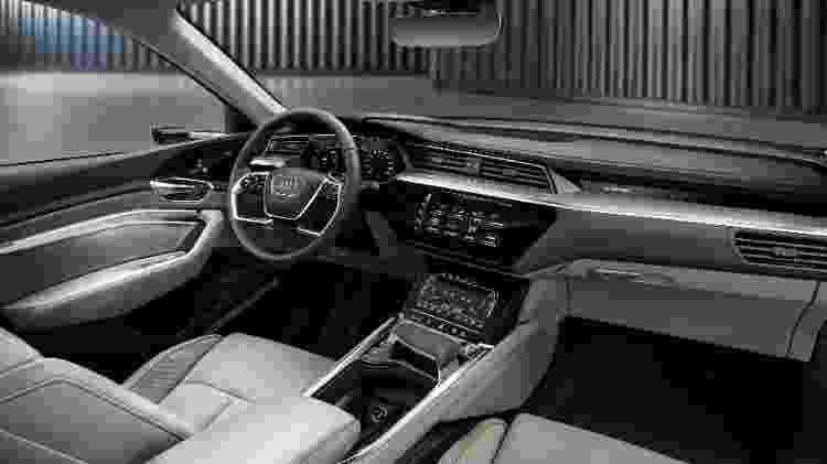 Interior do E-tron tem mesmo nível de conforto de A7 e novo novo Q8, mas muito mais tecnologia - Divulgação