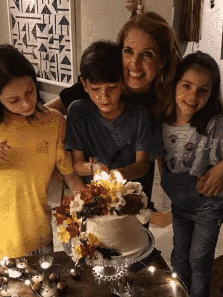 Poliana Abritta com os filhos - Reprodução/Instagram