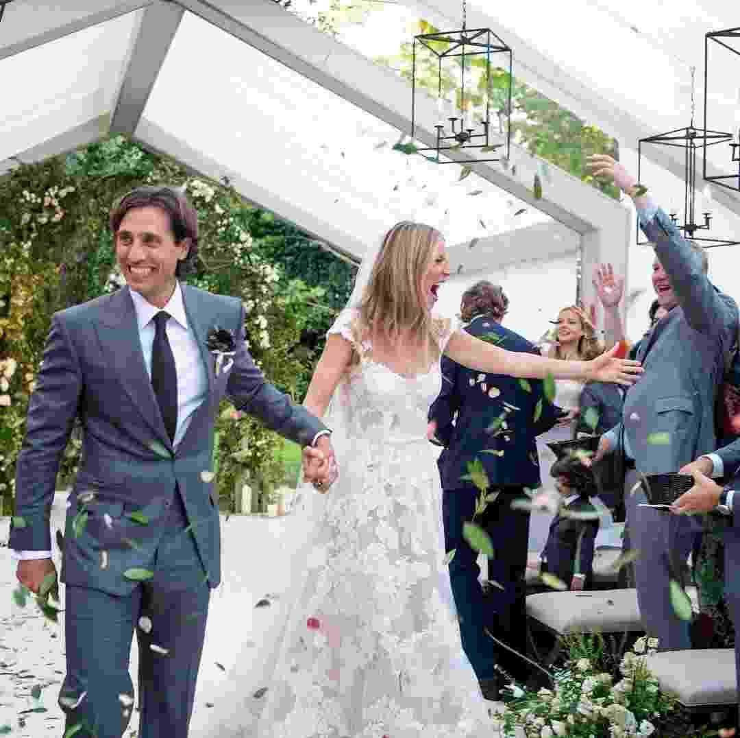 A atriz e cantora Gwyneth Paltrow abriu o seu álbum de casamento com o produtor Brad Falchuk. A cerimônia aconteceu em setembro - Reprodução/Instaram/gwynethpaltrow/