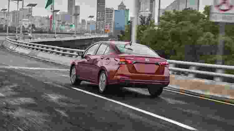 Novo Nissan Versa 2020 traseira - Divugação - Divugação