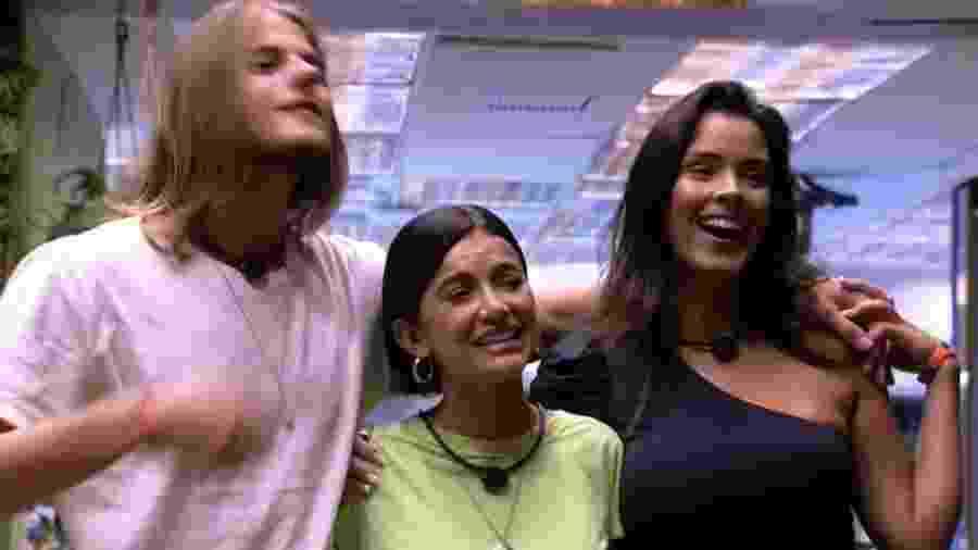 Ao escolher Daniel e Ivy no jogo da discórdia, Manu Gavassi foi trolada por Tiago Leifert - Reprodução / TV