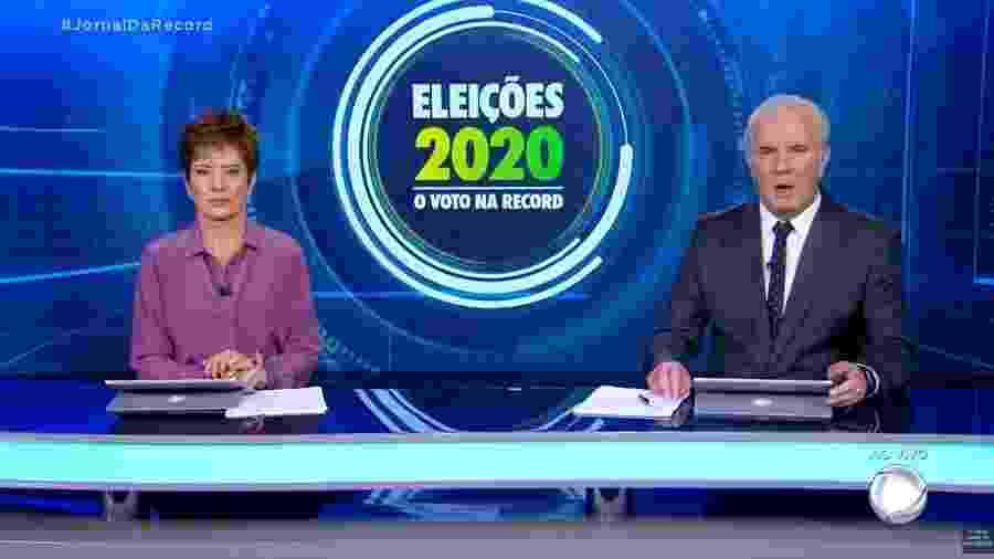 """Christina Lemos e Celso Freitas apresentam o """"Jornal da Record"""" na véspera da eleição municipal  - Reprodução"""