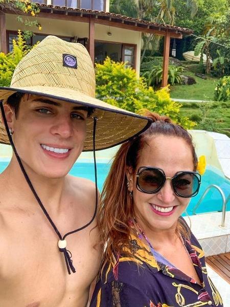 Tiago Ramos se declara para Nadine Gonçalves, a mãe de Neymar - Reprodução/Instagram