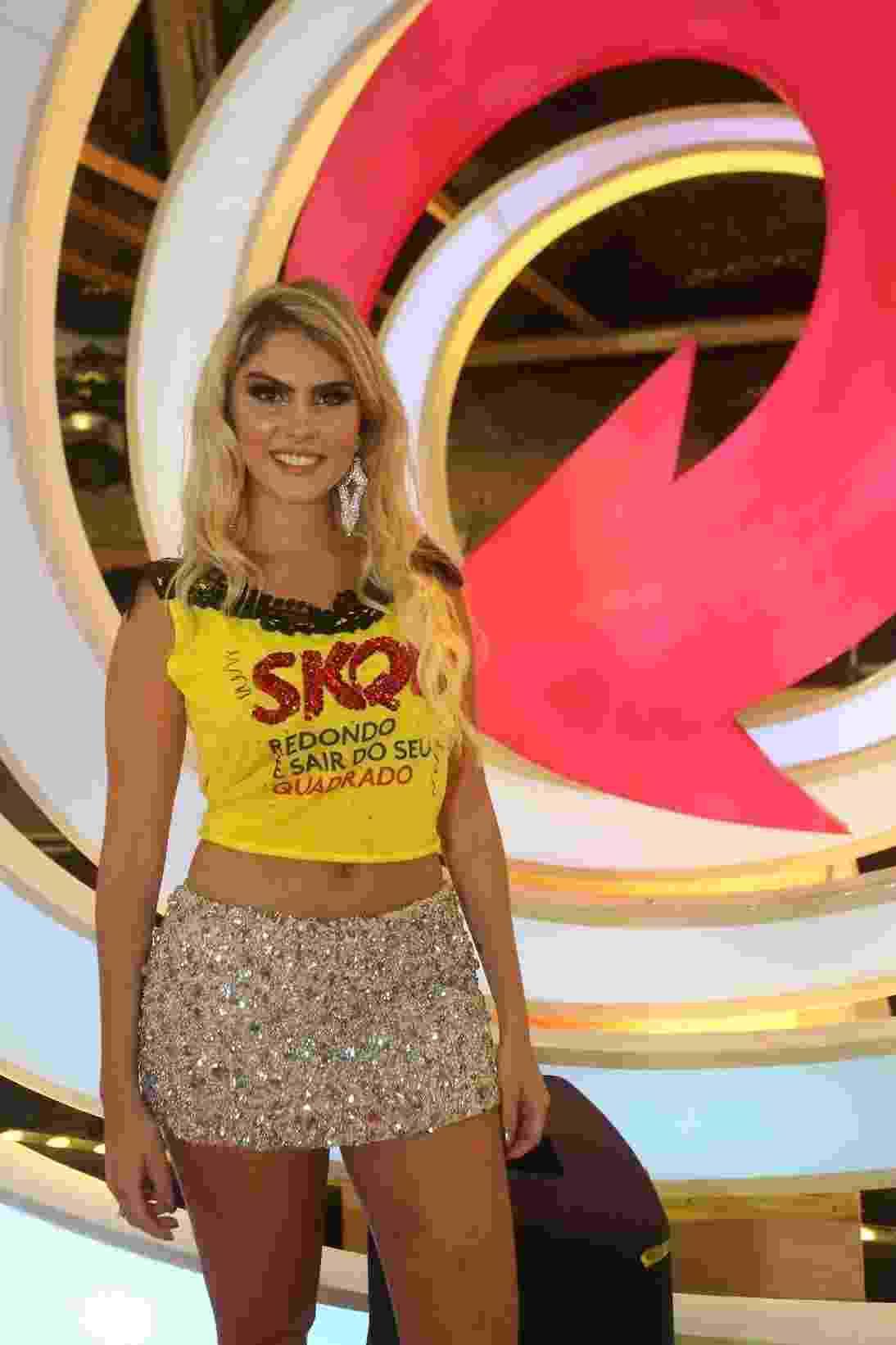 Bárbara Evans aproveita o Carnaval no palco Skol em Salvador - Alana Andrade/Divulgação