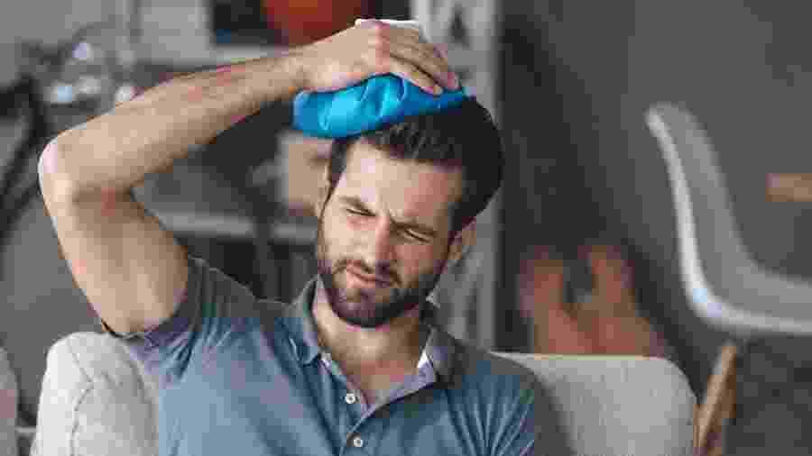 De dor muscular a estresse, cefaleia pode se manifestar de várias formas - iStock