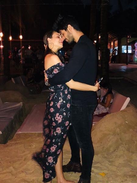 Ex-BBB Lucas e Ana Lúcia reaparecem juntos em clima romântico - Reprodução/Instagram