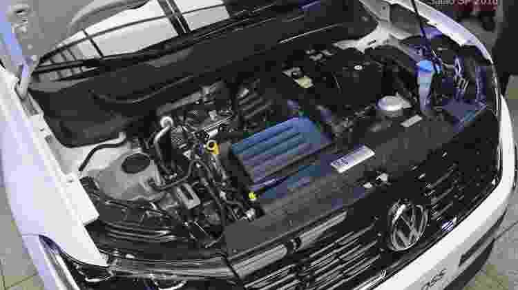 Motor 1.4 turbo, 150 cv, funciona sobrando. Só que câmbio AT6 não está à altura - Murilo Góes/UOL