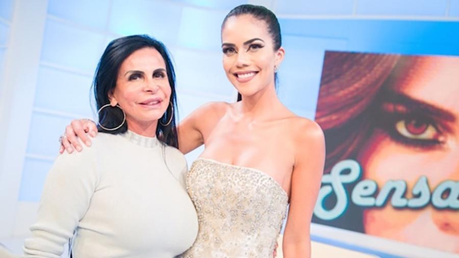 """Gretchen foi a convidada de Dani Albuquerque no """"Sensacional"""" - Andrea Dallevo/Divulgação RedeTV!"""