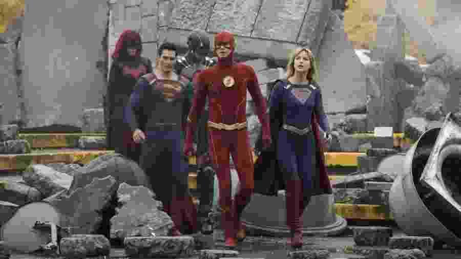 Primeiras imagens de Crise nas Infinitas Terras, maior crossover Arrowverse da CW - Dean Buscher/The CW/Divulgação