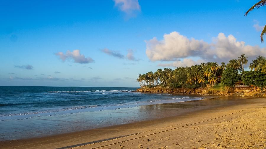 Praia da Taíba, uma extensa faixa de areia em São Gonçalo do Amarante, a 75 km de Fortaleza, no Ceará. - Isaqui Costa Gomes/Wikimedia Commons