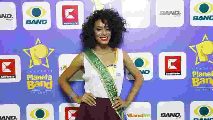 Raíssa Santana, a Miss Brasil 2016, aproveitou seu primeiro Carnaval em Salvador - Rodrigo Belentani/Band