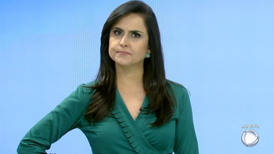 """Carla Cecato apresenta a última edição do """"SP Record"""" - Reprodução/Record"""