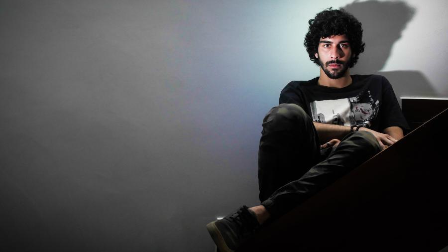 """ZéVitor prepara o álbum de estreia """"Cronológico"""" - Divulgação"""