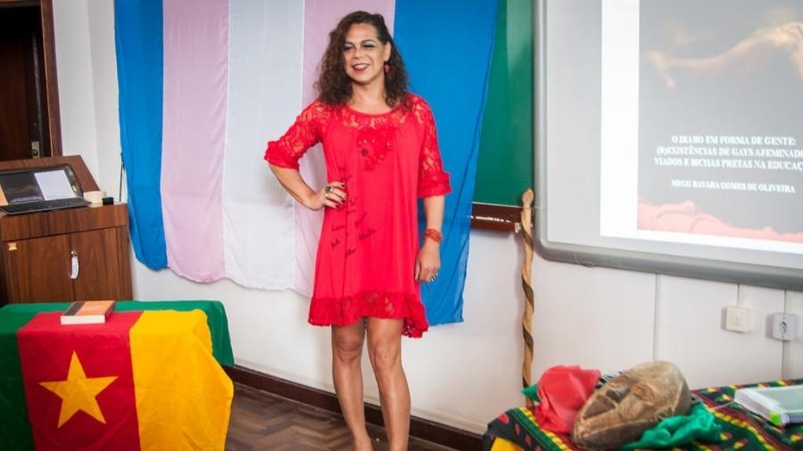 A professora Megg Rayara na bancada de doutorado, na UFPR (Universidade Federal do Paraná) - Arquivo Pessoal