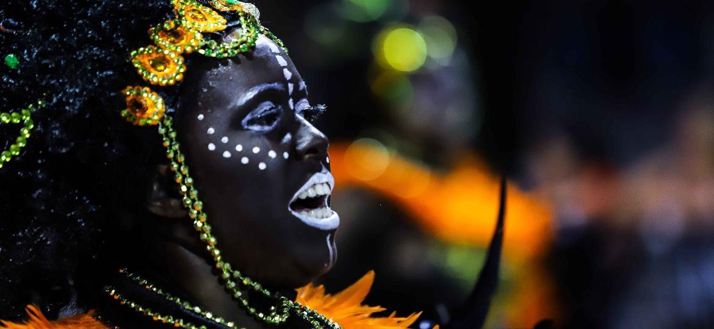 Desfile da Pérola Negra no Grupo de Acesso do Carnaval 2019 de São Paulo - Marcello Fim/O Fotográfico/Estadão Conteúdo