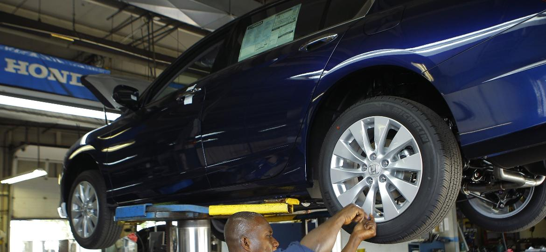 Pneu de um Honda Accord 2013 - Gary Cameron/Reuters