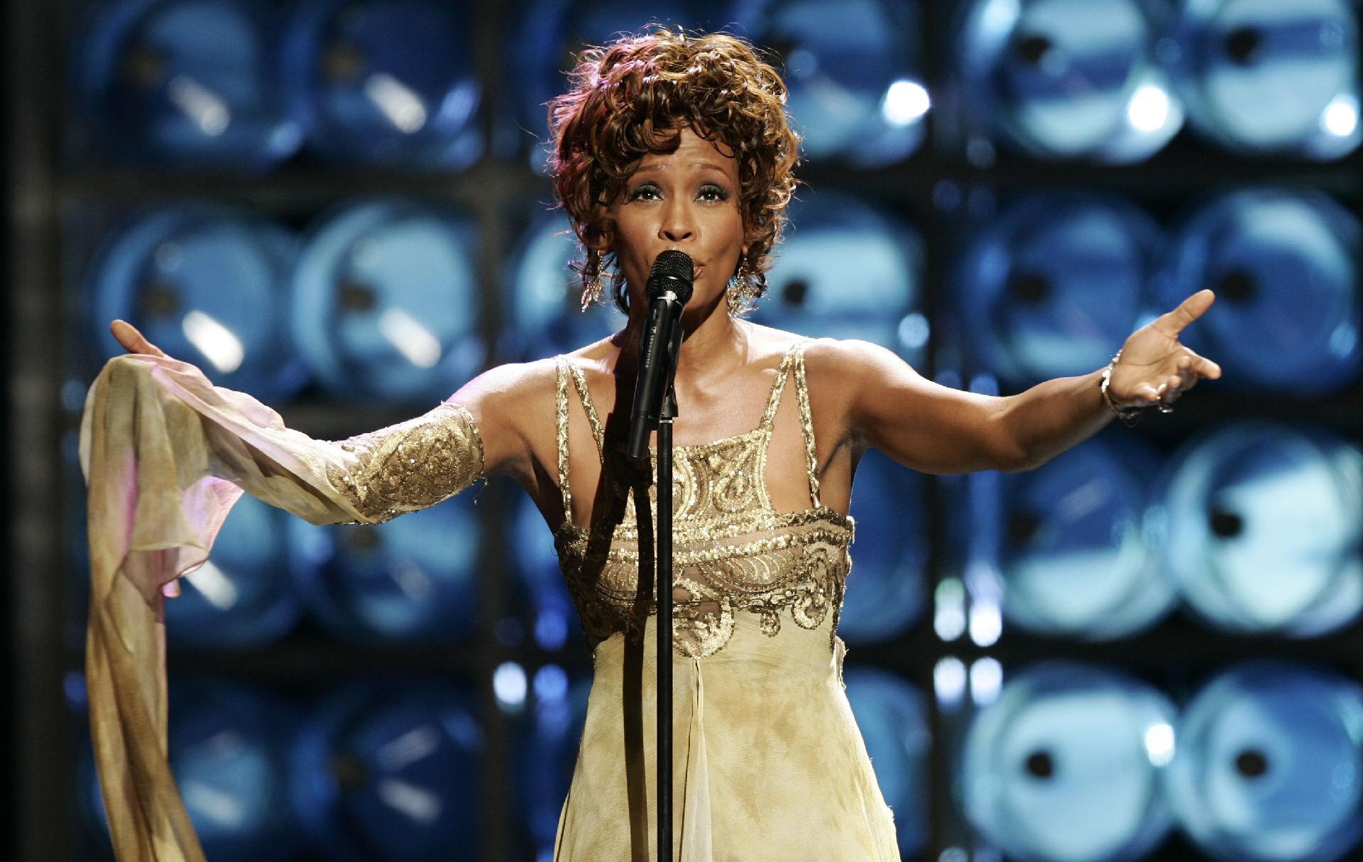 Whitney Houston terá filme biográfico com roteirista de 'Bohemian ...