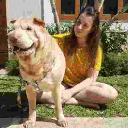 Publicitária Julia Franco foi diagnosticada com a covid-19 em maio e, desde então, afirma que teve complicações causadas pela doença - NICOLAS BROUSSAIN