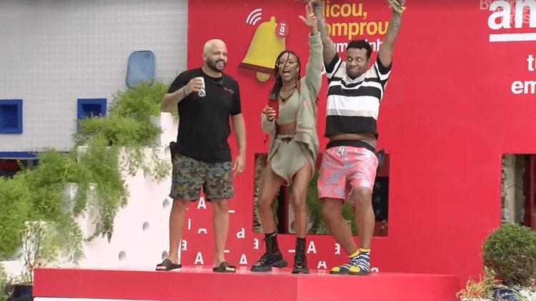 Karol Conká, Projota e Nego Di brincam de vilões - Reprodução Globoplay - Reprodução Globoplay