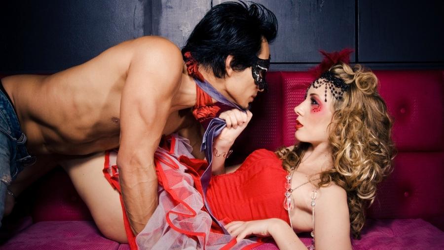 Sem festa, mas com muita ousadia: produtos para inspirar o sexo nos dias de folga - Getty Images