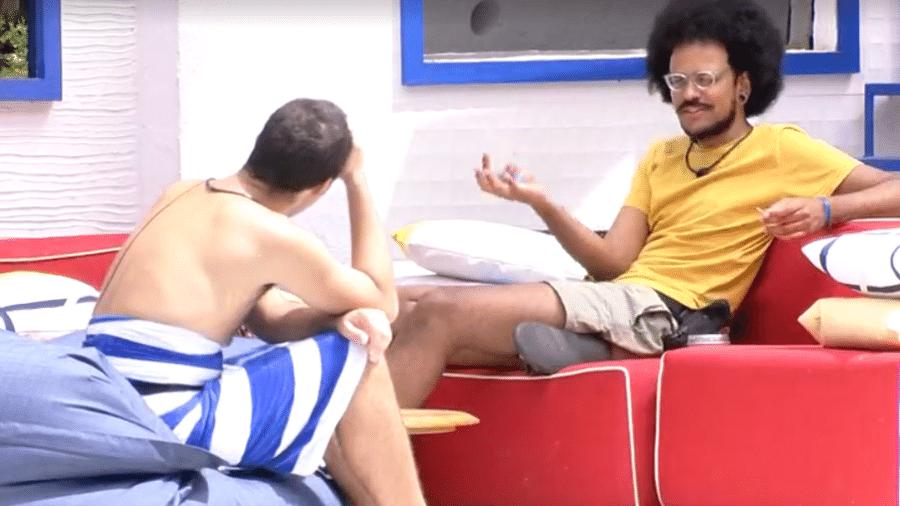 BBB 21: João e Gil comentam discurso de Tiago Leifert - Reprodução/Globoplay