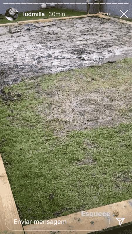 Ludmilla mostrou que está construindo uma quadra de futevôlei em sua casa - Reprodução/Instagram - Reprodução/Instagram
