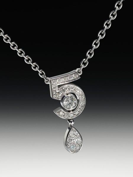 Sorte N ° 5: linha de joias celebra 100º aniversário da fragrância Nº5 - Divulgação