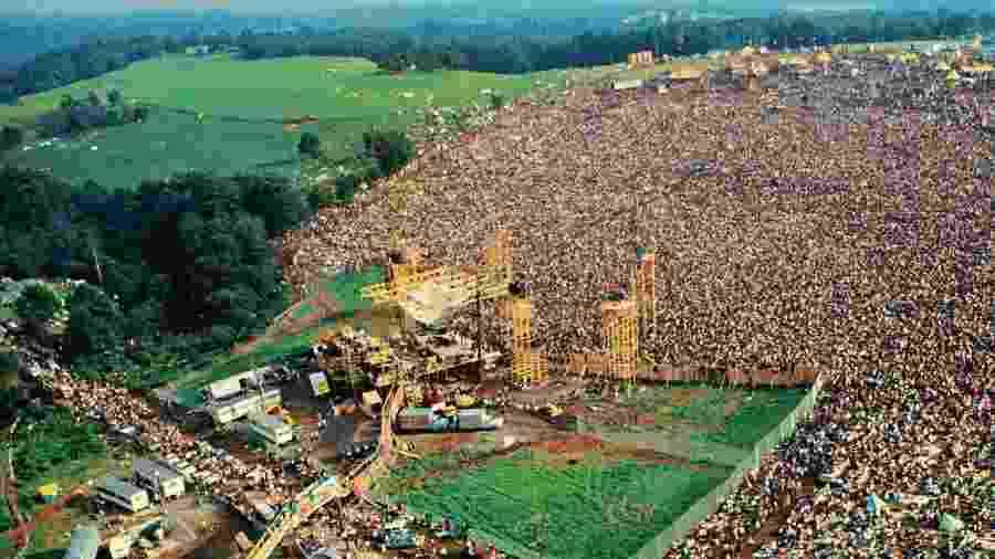 Foto aérea do festival Woodstock, de 1969 - Divulgação