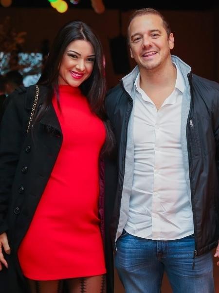 Ex-BBB Rogério Padovan e a mulher, Priscila Ferrari  - Manuela Scarpa/Brazil News
