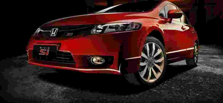 Honda Civic Si Estreou No Brasil Em 2007, Com Produção Nacional. Desde  Então, Vem Colecionado Legião De Fãs Imagem: Reprodução