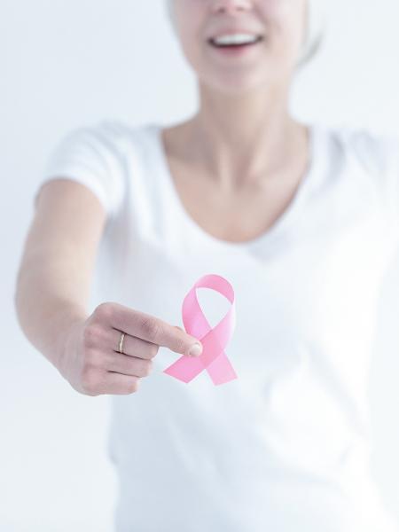 O câncer de mama atinge 60 mil mulheres brasileiras a cada ano - iStock
