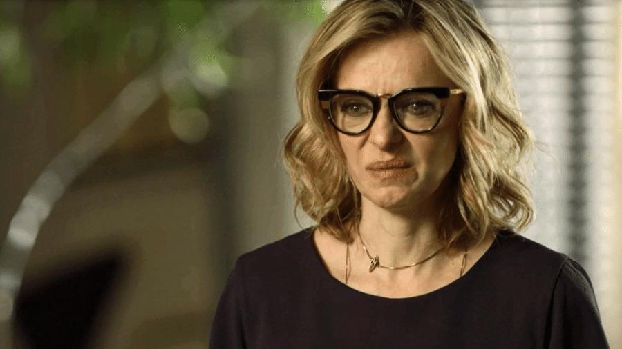 Segundo Sol: Karen admite a Roberval que contou toda a verdade a Edgar - TV Globo