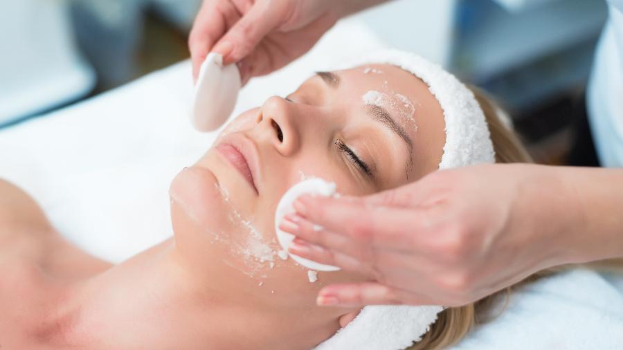 Resultado de imagem para limpeza de pele