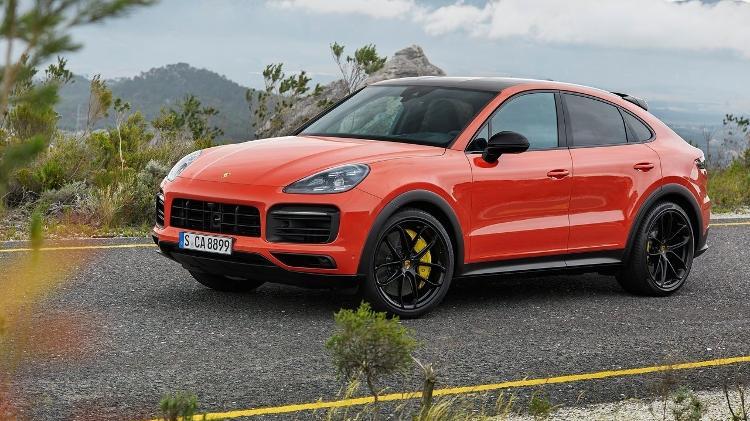 Cayenne Coupe | Porsche se rende à moda de SUV com perfil cupê e mostra rival para BMW X6