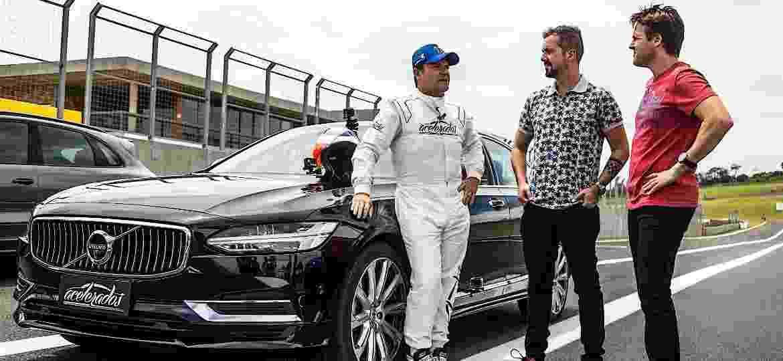 Rubens Barrichello comanda programa ao lado de Cassio Cortes (centro) e Gerson Campos (dir.) - Divulgação