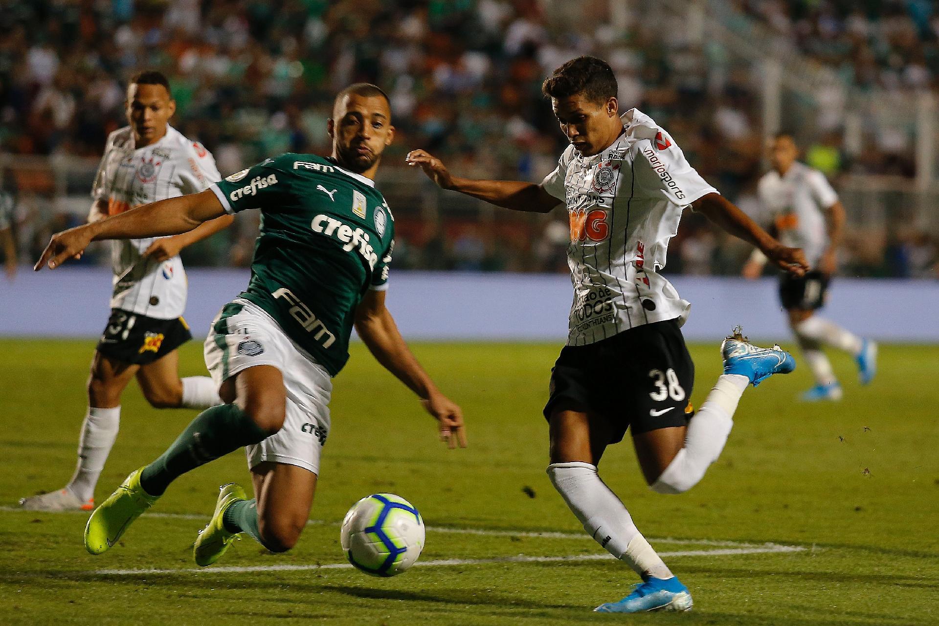 Corinthians E Palmeiras Empatam Com Var Pênalti Perdido E