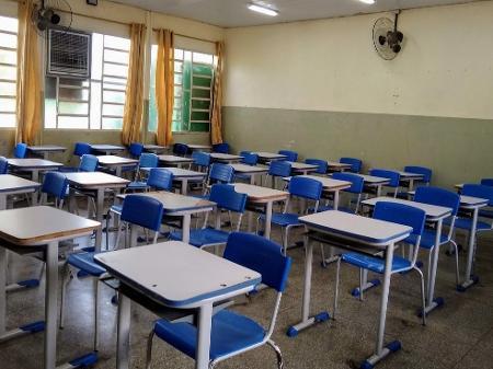 Justiça proíbe volta presencial de aulas na rede privada de Ribeirão Preto  - 21/09/2020 - UOL Educação
