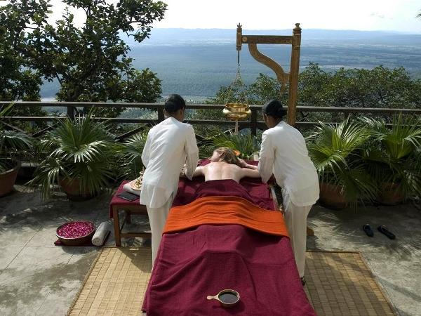 Reprodução/Ananda in the Himalaias