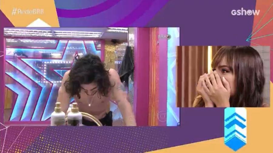 """BBB 21: Thaís se choca ao ver reação de Fiuk após """"momento do edredom"""" - Reprodução/ Globoplay"""