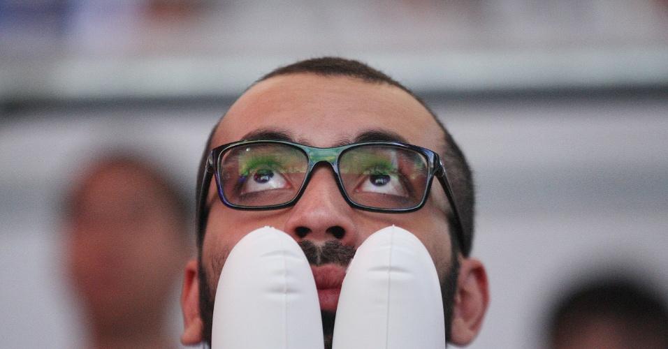 Torcedor sofre na final do CBLoL 2015, realizado no Allianz Parque