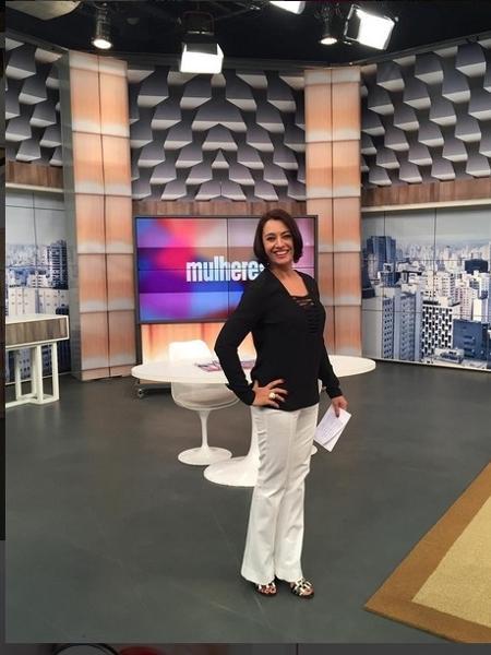 """Cátia Fonseca está à frente do """"Mulheres"""", da TV Gazeta, há 15 anos - Reprodução/Instagram/gazetamulheres"""