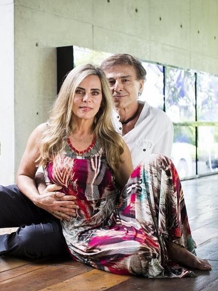 Bruna Lombardi e Carlos Alberto Riccelli tiveram casa invadida - Eduardo Knapp/Folhapress
