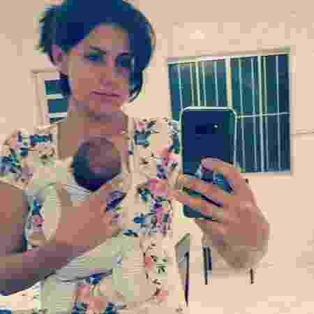 Mariana e o filho João, que recebeu alta na última sexta-feira (23/2) - Reprodução/Instagram - Reprodução/Instagram