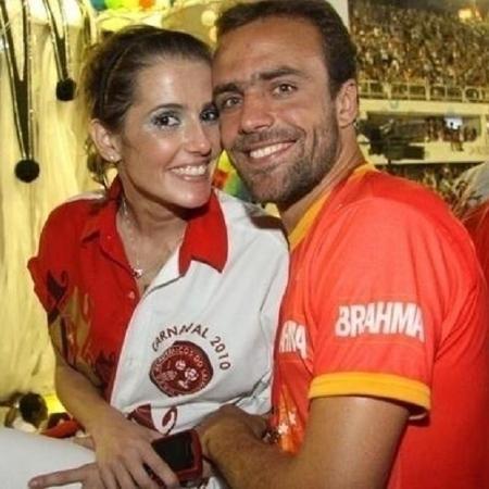 Deborah Secco foi casada com Roger Flores, hoje comentarista de futebol na Globo - Reprodução