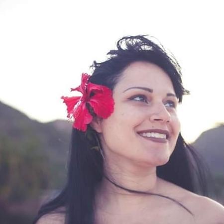 Mariana Milward, 34 anos, retirou sete tumores das mamas - Arquivo pessoal