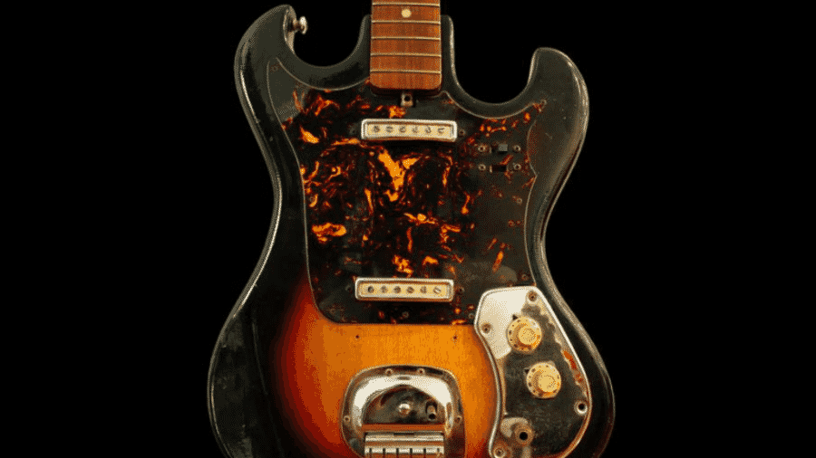 A guitarra do modelo Japanese Sunburst usada por Jimi Hendrix nos anos 60 - Reprodução/GWS Auctions