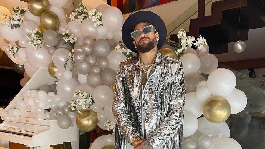 Neymar causou polêmica com festa e aglomeração e terminou o fim de semana com homenagem esportiva - Reprodução/Instagram